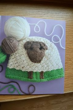 This adorable sheep-inspired hat makes a great gift for baby showers. Isn't it cute?