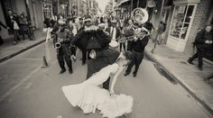 We can't talk about New Orleans wedding traditions without mentioning the famous second line parade, and we wouldn't want to if we c...