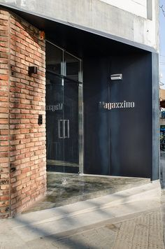 Magazzino cafe architecture design interior seoul shop front /门 头 in 2019 인 Office Entrance, Entrance Design, Facade Design, Exterior Design, Shop Front Design, Store Design, Shop Facade, Cafe Interior, Modern Architecture