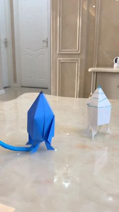 Paper Crafts Origami, Fun Diy Crafts, Paper Crafts For Kids, Craft Activities For Kids, Preschool Crafts, Hand Crafts For Kids, Diy For Kids, Instruções Origami, Paper Toys