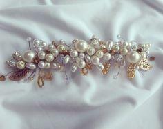Tocado de novia Bride hair accesorie Brooch, Jewelry, Fashion, Bugle Beads, Bridal Headpieces, Sequins, Gems, Hand Embroidery, Rocks