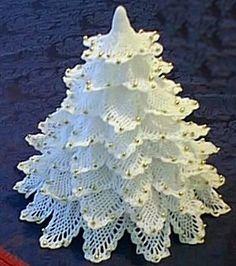 Alberello di Natale Shabby all'uncinetto con schema