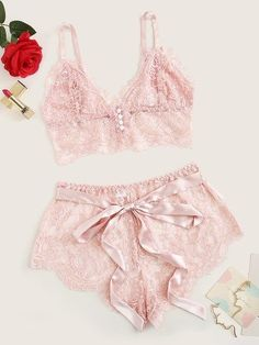 Scalloped Trim Floral Lace Lingerie Set Check out this Scalloped Trim Floral Lace Lingerie Set on Shein and explore more to meet your fashion needs! Lingerie Babydoll, Jolie Lingerie, Lingerie Outfits, Lace Lingerie Set, Pretty Lingerie, Beautiful Lingerie, Women Lingerie, Luxury Lingerie, Delicate Lingerie