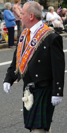 THE 12TH OF #JULY #PARADE,#BELFAST,#NORTHERN #IRELAND. Republic Of Ireland, The Republic, Orange Order, Belfast City, Yoga Books, Orange Fruit, Science Fiction Books, Thing 1 Thing 2, Northern Ireland