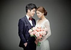 Weddingritz have 20 years of experience in Korea pre wedding Field that provide high quality customized photography package services to overseas customers with offering the lowest price pre wedding photoshoot packages. Wedding Goals, Wedding Pics, Wedding Shoot, Wedding Couples, Wedding Bride, Wedding Styles, Fine Art Wedding Photography, Couple Photography, Korean Wedding
