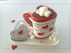 #COOKIE CONNECTION ALERT: So sweet! 3-D Valentine's cookie mug tutorial in this edition of Made by Manu. COOKIES, TUTORIAL, AND PHOTO BY MANU.