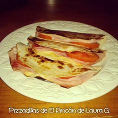 El Rincón de Laura G.: quesadillas Tacos, Ethnic Recipes, Food, Chicken Quesadillas, Ham And Cheese, Homemade Recipe, Chicken Wraps, Mexican Cakes, Afternoon Snacks