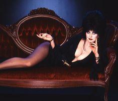 elvira! mistress of the dark! who doesnt love her Kelly Hu, Cassandra Peterson, Michelle Pfeiffer, Winona Ryder, Rachel Weisz, Dark Beauty, Gothic Beauty, Gothic Chic, Gothic Lolita