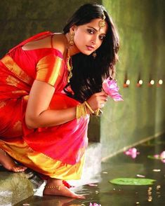 Here the list of top best south Indian actress 2020 and their images. is a top actress in 2020 also in Bollywood actress South Indian Wedding Saree, Indian Bridal Wear, South Indian Bride, South Indian Actress, Saree Wedding, India Wedding, Bridal Sarees, South Indian Sarees, Actress Anushka