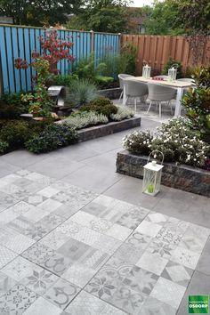 Winterizing a Garden that's On Your Balcony – The Gardening Spot Garden Tiles, Patio Tiles, Garden Paving, Outdoor Tiles, Terrace Garden, Garden Paths, Outdoor Decor, Tropical Garden Design, Tropical Landscaping