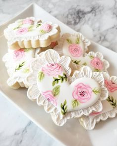 16 ideas for cupcakes decoration girly cookie decorating Mother's Day Cookies, Paint Cookies, Summer Cookies, Valentines Day Cookies, Fancy Cookies, Iced Cookies, Cute Cookies, Royal Icing Cookies, Heart Cookies