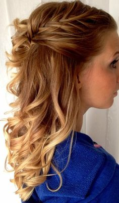I love the plaits keeping it more loose and ethereal. So pretty.