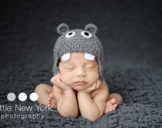 Newborn photo prop, baby hippo newborn/ baby hat.newborn knit hat, newborn boy, newborn girl, newborn props, hippo hat
