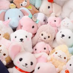 Kawaii Plush Lucky Bags When you see a pile of cute plushies, sometimes it's hard to know which to choose, even if you know you'd love any of them! But with one of these Kawaii Plushie Lucky Bags (fuk Softies, Plushies, Alluka Zoldyck, Tokyo Otaku Mode, Cute Stuffed Animals, Mode Shop, Cute Plush, Cute Toys, Pink Aesthetic