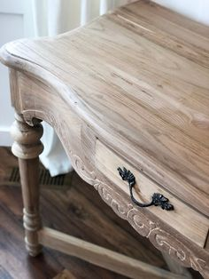 I've always been so nervous to attempt stripping paint from furniture. I really wanted a wood table in the front room but the unused tab… Raw Wood Furniture, Unfinished Wood Furniture, White Washed Furniture, White Painted Furniture, Furniture Fix, Do It Yourself Furniture, Diy Furniture Projects, Furniture Makeover, Unique Furniture