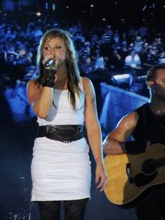 Jen Ledger looks great in white, love her vocals on 'Rise.'