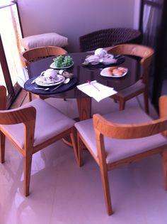 mesa e cadeiras modelo para varanda gourmet