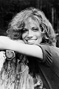 Carly Simon                                                              You're So Vain