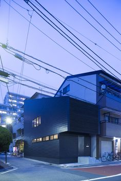 Gallery of Slide House / APOLLO Architects & Associates - 7