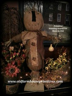 Primitive Standing Scarecrow (Made In USA)