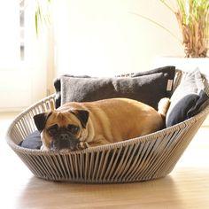 SIRO Twist - bestes Hundekörbchen überhaupt! SIRO Twist - best dog basket ever! SIRO Twist - miglior cesto cane mai. http://www.pet-interiors.de/de/siro-twist-hundebett-xxl-s_artnr154109
