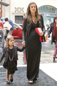 maxi dress - Maternity Fashion Tips