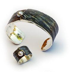 Elisenda de Haro | Contemporary jewellery |  Joyería contemporánea
