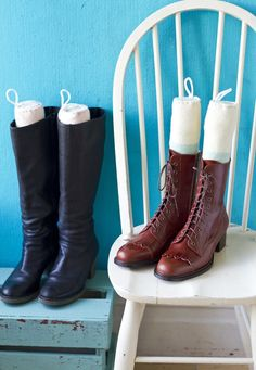 Sick of your tall boots falling over in a tangled scuffed heap? Here's an easy and quirky way for a tidy shoe space and no more floppy boots. Fall Over, Cool Magazine, Upcycled Crafts, Tall Boots, Craft Projects, Craft Ideas, Tangled, Sick, Shoes