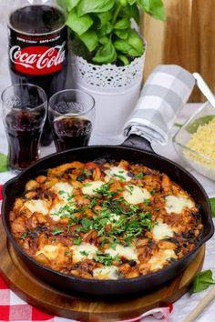 Yummy Food, Tasty, Paella, Chili, Chicken Recipes, Food Porn, Food And Drink, Menu, Soup