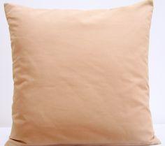 Ozodbna poszewka na poduszkę w kolorze beżowym