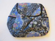 34.64$  Buy here - http://viwhz.justgood.pw/vig/item.php?t=9myvsp76982 - Avon Womens Ladies Vintage Print Backpack F3979641 back pack book bag NEW;;