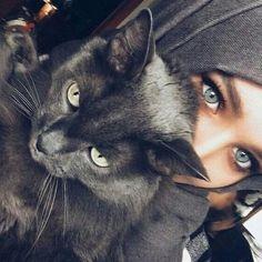 Image about fashion in Alexandra Golovkova❤ by Unknown Hijabi Beautiful Muslim Women, Beautiful Hijab, Hijabi Girl, Girl Hijab, Alexandra Golovkova, Girl And Cat, Image Chat, Islamic Girl, Photo Chat