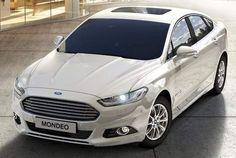 2015 Ford Mondeo Hybrid épp csak piacra dobják a legújabb autócsodákat és itt máris egymás mellett parkolnak a főűton!! Nem semmi!