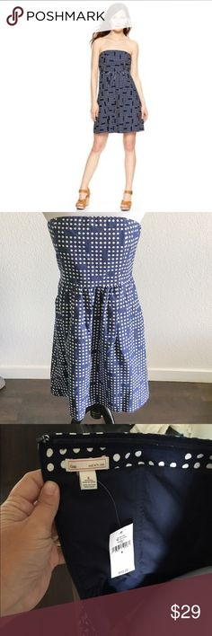 Gap polka dot grid strapless dress Awesome summer strapless dress. Linen blend, fully lined, with pockets and back zipper. Size 6 NWT never worn. GAP Dresses Strapless