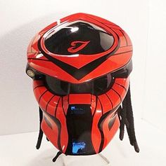 Color : Red With Black We use full helmet DOT as its base and Resin Catalis great Fiber for Predator parts. Helmet come with Red Tri-Lamp (LED) with on-off switch. Size : S - M - L - XL   »To the...@ artfire