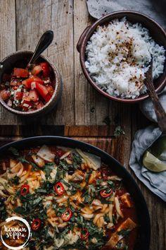 burritopannu / Hannan soppa Vegan Vegetarian, Vegetarian Recipes, Healthy Recipes, Vegan Food, Healthy Food, Meat Recipes, Baking Recipes, Zucchini, Food Porn