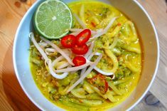 Spicy Vegetable Noodle Curry