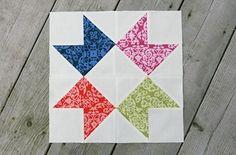 Bloco de hoje: estrela Bonito e simples de fazer o bloco estrela. Na página do tutorial tem as medidas em polegadas que para serem convertidas em centímetros apenas precisam ser multiplicada…