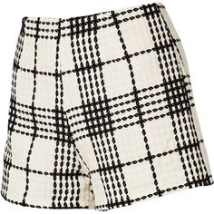 Short en blanc et noir dès 23,40€! Ici: http://stylefru.it/s242859 #short #etudiant