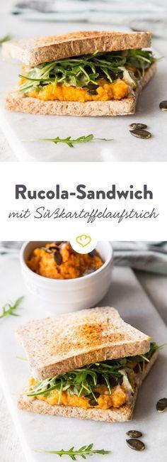 Keine Nutella, keine Leberwurst - dieser Brotaufstrich ist süß und herzhaft zugleich und verwandelt zwei Toastscheiben in ein gesundes Schlemmer-Sandwich.