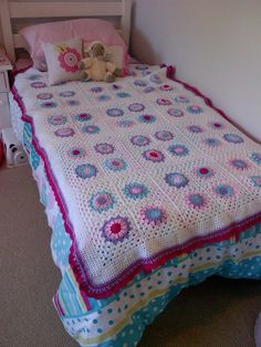 Tracey Gilbert Smith crocheted this throw for her toddler's move to a 'big bed'.