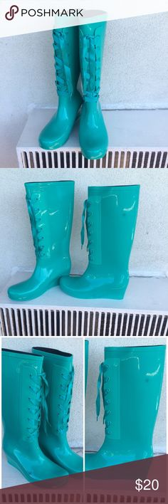 NWOT Dirty Laundry, by Chinese Laundry Rain Boots These Dirty Laundry teal rain boots are super stylish! Never worn, brand new! They do have a 2 spots on them, manufacturer flaw, both shown in Third picture. Cute lace-up embellishment, wedge heel. Chinese Laundry Shoes Winter & Rain Boots