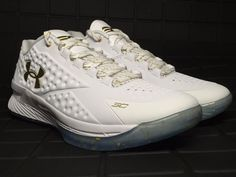UNDER ARMOUR CURRY Curry 1 LOW MVP CHAMPIONSHIP 1269048 100