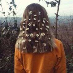 Hair Styles Boho Coiffures For 2019 Art Hoe Aesthetic, Aesthetic Vintage, Aesthetic Photo, Aesthetic Pictures, Creative Photography, Portrait Photography, Images Esthétiques, Insta Photo Ideas, Boho Hairstyles