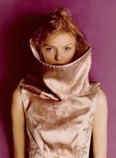 Jodie Kidd in Alexander McQueen 1997
