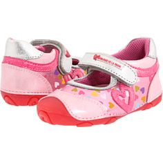 These would look cute on my Granddaughter Prada, European Fashion, Discount Shoes, Boys, Girls, Fashion Shoes, Baby Shoes, Infant, Couture