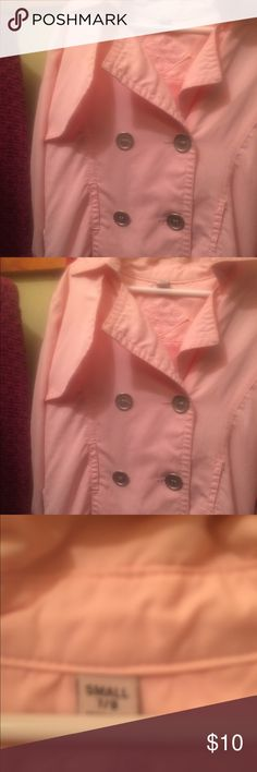 Girls Rain Coat Pink Size 7 Girls Pink Rain Coat size 7 ( would probably fit 6x) missing a button on bottom Jackets & Coats Raincoats