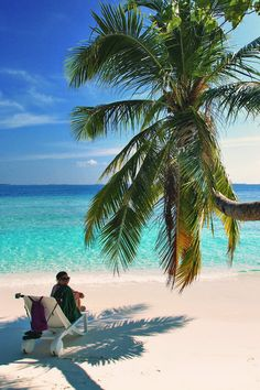 Bandos Island - That one time I got invited to the Maldives © Sabrina Iovino   via @Just1WayTicket