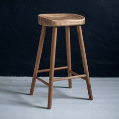 Are you interested in our Solid Weathered Oak bar stool? With our Solid wood kitchen office stool you need look no further. Stools For Kitchen Island, Wooden Bar Stools, Wood Stool, Swivel Bar Stools, Wood Counter Stools, Kitchen Chairs, Bar Chairs, Office Stool, Classic White Kitchen