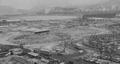 O projeto do Aterro do Flamengo transformou o Centro do Rio num imenso canteiro de obras, como neste trecho da Avenida Beira Mar, em 1967. Ao fundo, o Museu de Arte Moderna